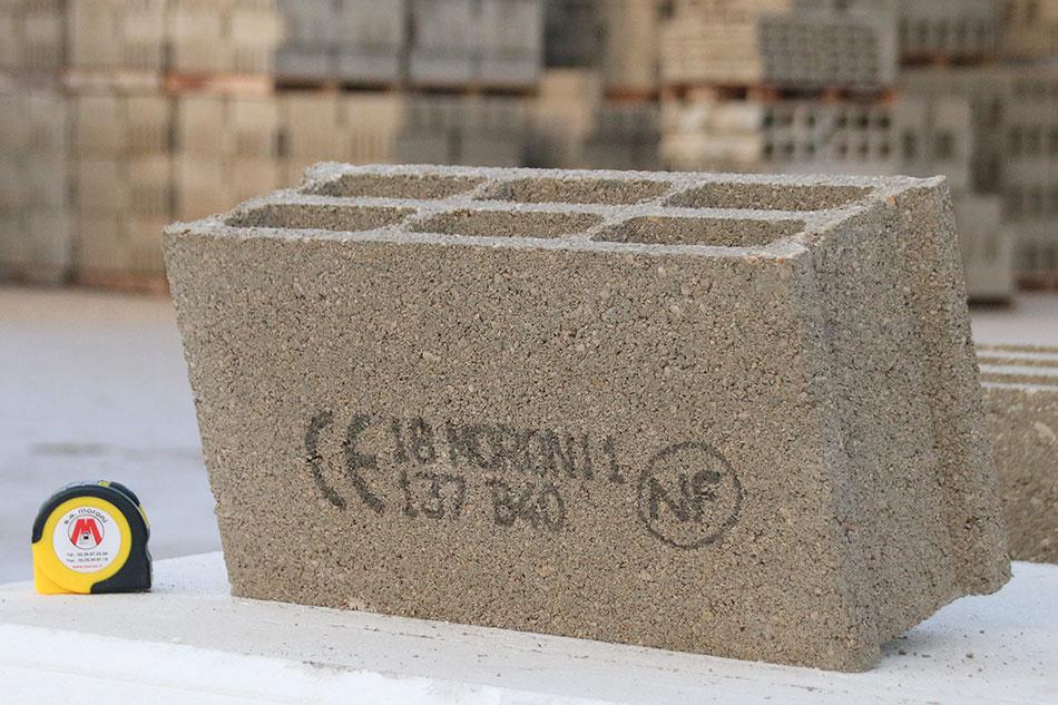 Blocs creux de 500x150x250 classe B40 (15 Maxi)